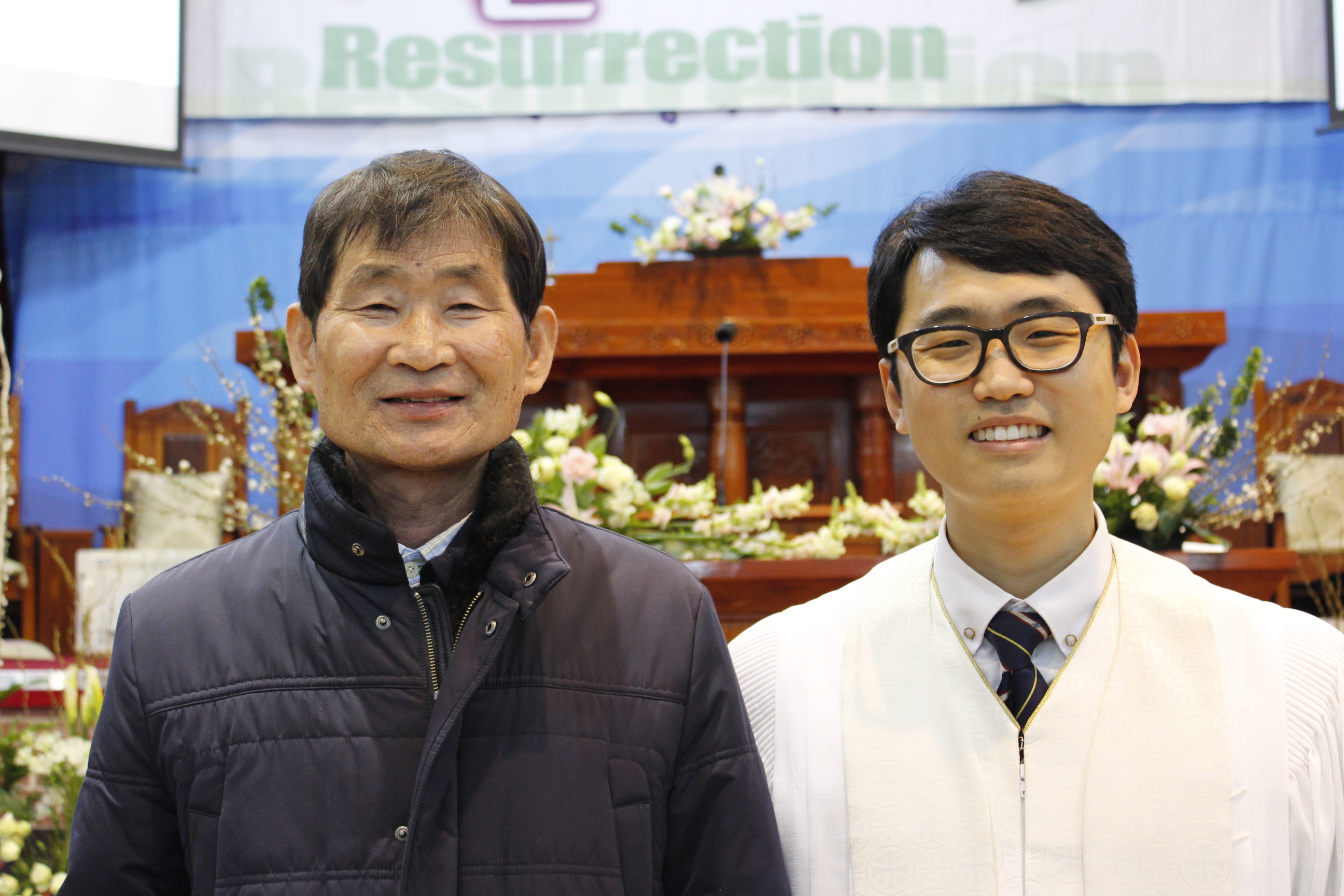 장년 세례식 사진 (9).JPG